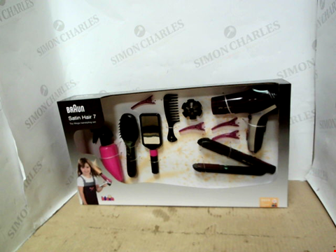 Lot 13670 BRAUN MEGA HAIRSTYLING GIFT SET RRP £42.99