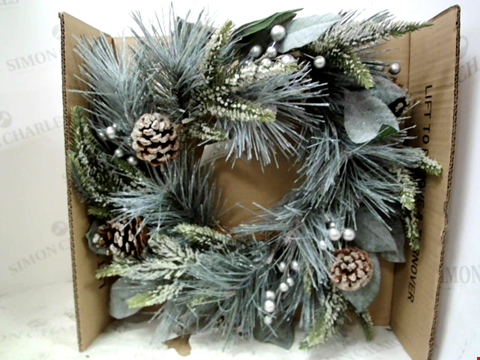 Lot 13085 PINECONES LIT CHRISTMAS WREATH RRP £32.99
