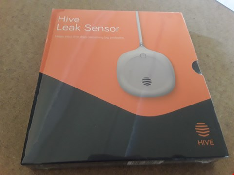 Lot 32 BOXED HIVE LEAK SENSOR