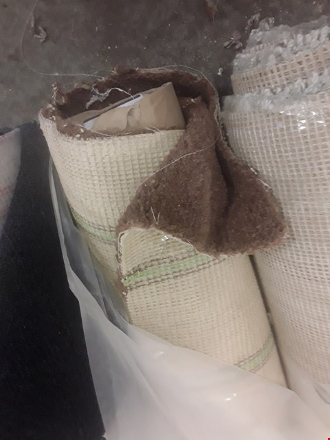 Lot 52 ROLL OF BRIWN CARPET APPROXIMATELY 4X0.7M