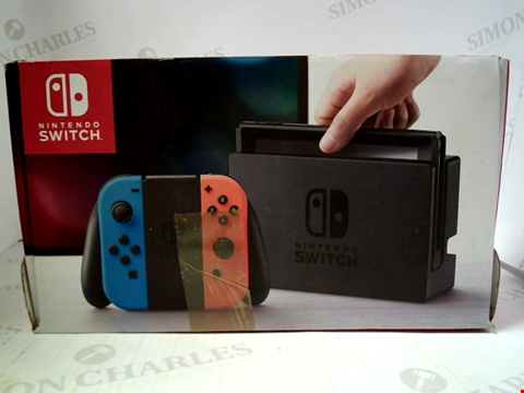Lot 3090 NINTENDO SWITCH GAMES CONSOLE