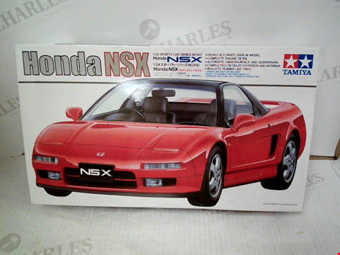 Lot 3079 TAMIYA HONDA NSX 1/24 SCALE MODEL KIT