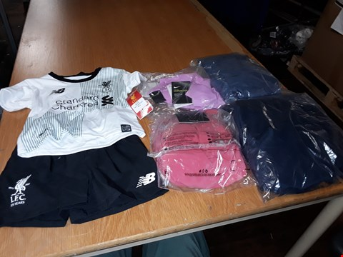 Lot 8070 LOT OF APPROXIMATELY 5 ASSORTED DESIGNER CLOTHING ITEMS TO INCLUDE LFC AWAY BABY KIT AND FRILLY SHIRT DRESS