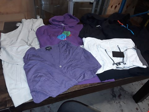 Lot 1701 LOT OF APPROXIMATELY 6 ASSORTED CLOTHING ITEMS TO INCLUDE VONZIPPER HOODIES, NIXON JACKETS AND HOODED T-SHIRT