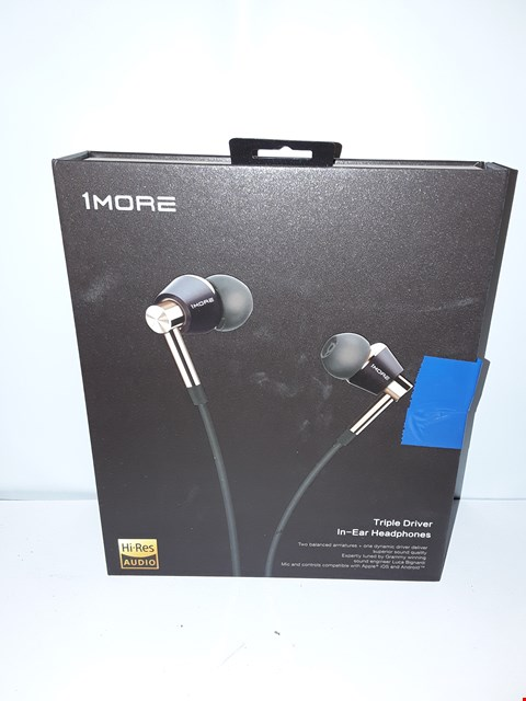 Lot 4063 1MORE TRIPLE DRIVER IN-EAR HEADPHONES