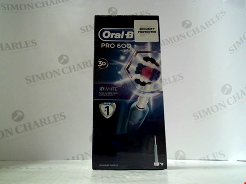 Lot 5595 ORAL-B PRO 600 ELECTRIC TOOTHBRUSH