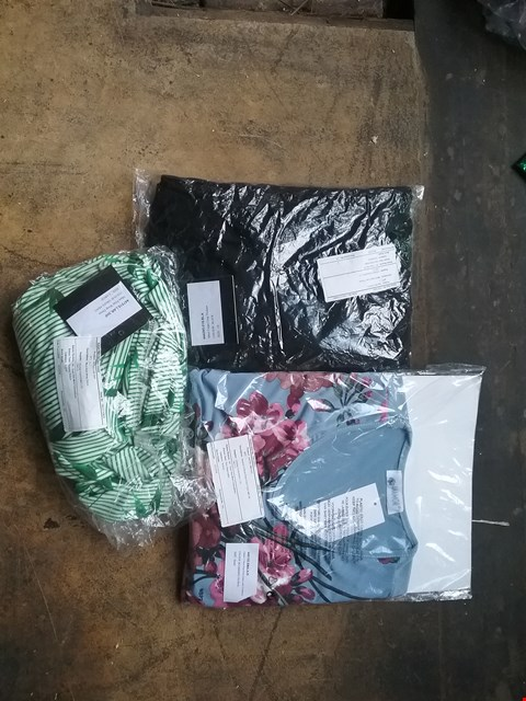 Lot 183 2 BOXES CONTAINING APPROXIMATELY 30 ASSORTED CLOTHING ITEMS TO INCLUDE ANAMOR V-NECK PRINT, MUST CREPE CROP TROUSER AND MUST PRINT WRAP DRESS