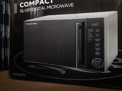 Lot 602 RUSSELL HOBBS COMPACT SILVER DIGITAL 20L MICROWAVE