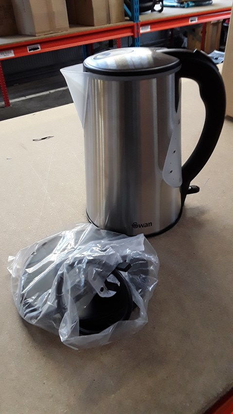 Lot 1051 SEAN CORDLESS STAINLESS STEEL KETTLE