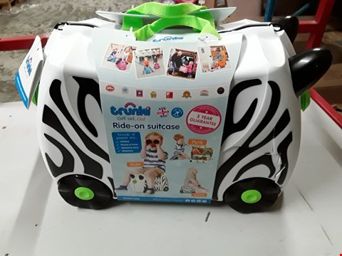 Lot 38 BOXED TRUNKI RIDE-ON SUITCASE