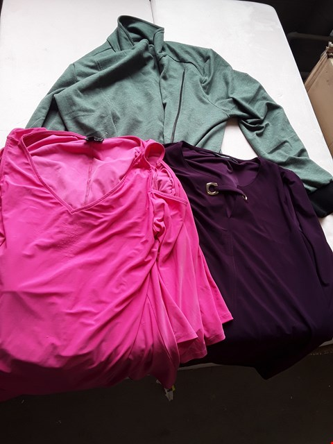 Lot 601 BOX OF ASSORTED DESIGNER CLOTHING