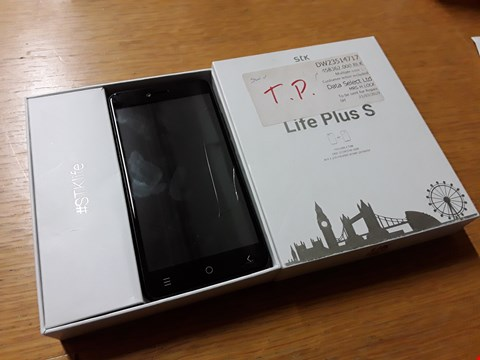 Lot 4018 BOXED STK LIFE PLUS S ANDROID SMART PHONE - BLACK