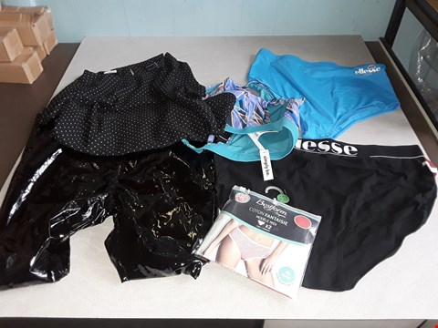 Lot 37 BAG OF APPROXIMATELY 35 ASSORTED CLOTHING ITEMS TO INCLUDE IN THE STYLE OF ELLESSE,BESTFORM,SIMPLY BE