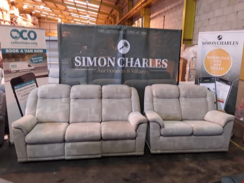 Lot 9013 QUALITY BRITISH MADE HARDWOOD FRAMED BEIGE FABRIC THREE SEATER POWER RECLINING SOFA AND FIXED FRAME TWO SEATER SOFA