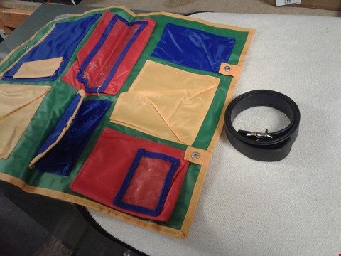 Lot 262 LOTBOF 4 ITEMS TO INCLUDE FOLDABLE ORGSNIZER SLEEV(2), A FAUX LEATHER BELT& A  ROUND RUG