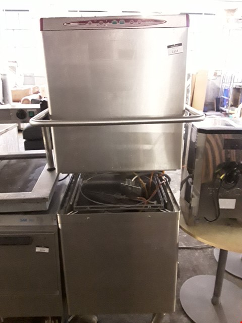 Lot 2114 MAID AID D1010 PASSTHROUGH DISHWASHER