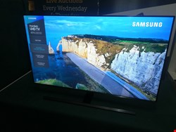 "Lot 7008 SAMSUNG UE49NU8000 49"" SMART 4K ULTRA HD HDR LED TV RRP £699"