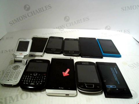 Lot 6102 LOT OF 10 ASSORTED MOBILE PHONES AND SMARTPHONES ETC