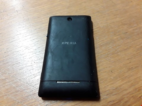 Lot 6 SONG XPERIA MOBILE PHONE