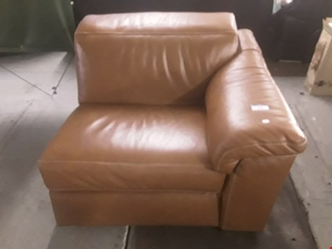 Lot 627 QUALITY ITALIAN BROWN LEATHER UPHOLSTERED SENSOR POWER RECLINING SOFA SECTION