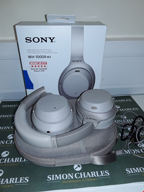 Lot 6162 SONY WH-1000XM3 WIRELESS NOISE CANCELLING HEADPHONES