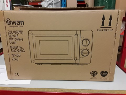 Lot 130 SWAN MANUAL MICROWAVE OVEN SM22080C CREAM RRP £89.99