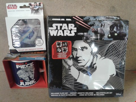Lot 489 4 BRAND NEW BOXED STAR WARS ITEMS TO INCLUDE MELAMINE PLATE SET , THE LAST JEDI COASTER , MILLENNIUM FALCON MUG