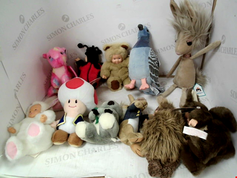 Lot 3138 LOT OF 11 ASSORTED PLUSH TOYS