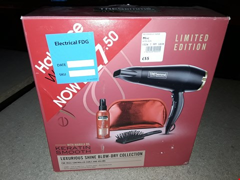 Lot 208 TRESEMME KERATIN SMOOTH HAIR DRYER