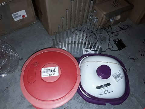 Lot 451 LOT OF 5 ITEMS TO INCLUDE CANDLE BRIDGE LIGHT, MICROWAVE GRILL POT PURPLE AND MICROWAVE PRESSURE COOK RED