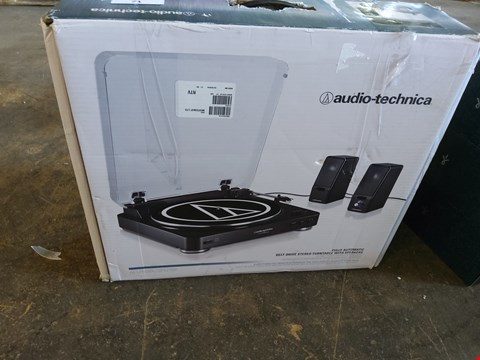 Lot 71 BOXED AUDIO TECHNICA FULLY AUTMATIC BELT DRIVE STEREO TURN TABLE WITH SPEAKERS