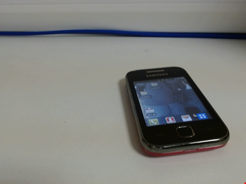 Lot 7595 SAMSUNG GALAXY YOUNG GT-S5360 MOBILE PHONE
