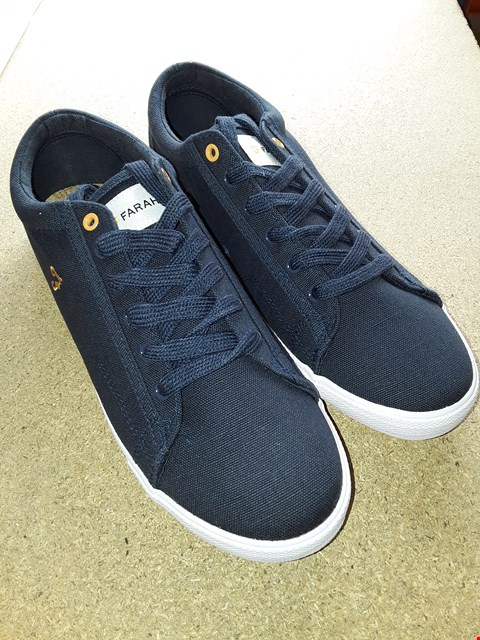 Lot 7061 BOXED NAVY BRUCEY CANVAS SHOES SIZE 8