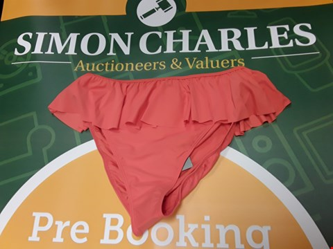 Lot 887 BRAND NEW V BY VERY MIX & MATCH FRILL HIGH LEG BRIEFS - CORAL SIZE 20