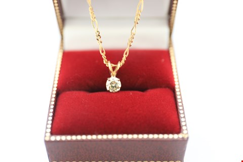 Lot 5 18CT GOLD PENDANT ON CHAIN SET WITH DIAMONDS WEIGHING +-0.50CT