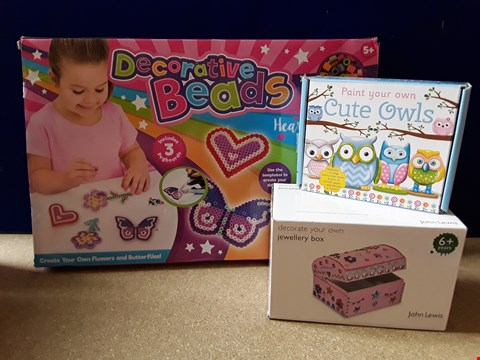 Lot 5098 THREE BOXED CRAFT TOYS, INCLUDING DECORATIVE BEADS AND PAINT YOUR OWN OWLS