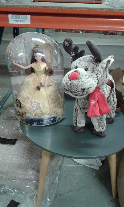 Lot 162 LOT OF 2 ASSORTED TOYS TO INCLUDE BEAUTY AND THE BEST PTINCESS DOLL ANF FLUFFY RAINDEER FIGURE