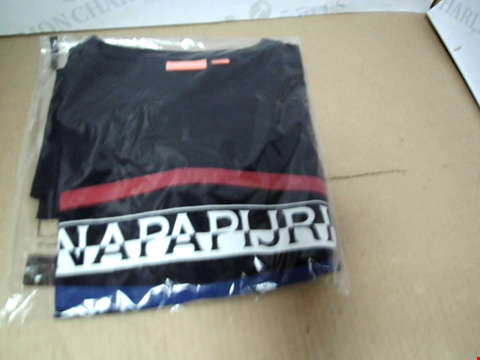 Lot 7163 NAPAPIJRI SOGY LOGO NAVY T-SHIRT - SIZE MEDIUM