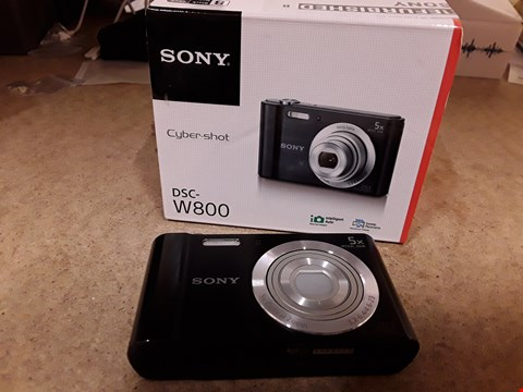Lot 114 BOXED SONY CYBERSHOT W800 20.1MP CAMERA BLACK WITH CHARGER