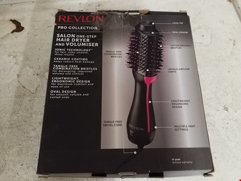Lot 8423 REVLON SALON ONE STEP HAIR DRYER AND VOLUMISER