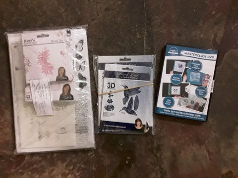 Lot 2493 LOT OF APPROXIMATELY 23 ASSORTED CRAFT ITEMS TO INCLUDE A SCREEN SENSATIONS MASTERCLASS DVD, A DAWN WHEELERS SELECTION, A TATTERED LACE 3D DECOUPAGE ETC