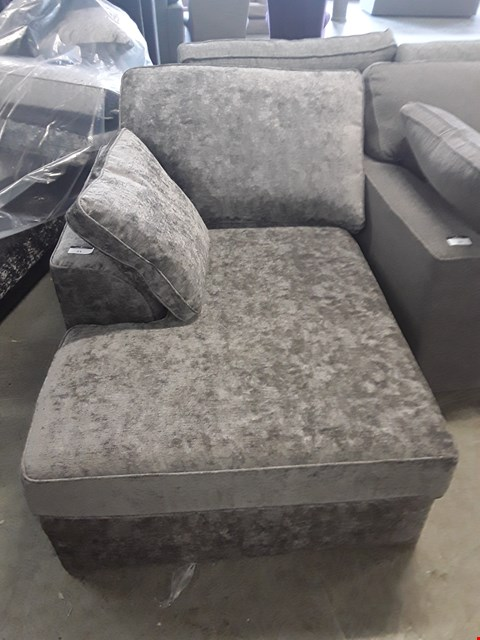 Lot 21 QUALITY BRITISH DESIGNER GREY FABRIC SOFA SECTION