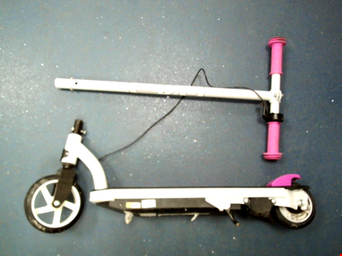 Lot 10106 EVO 6V ELECTRIC SCOOTER RRP £99.99