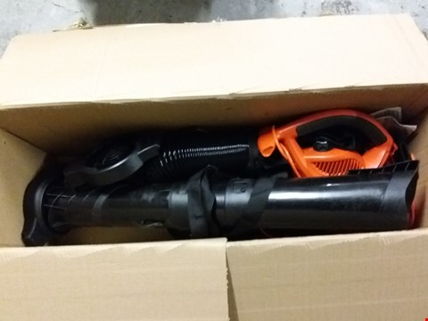 Lot 8286 BLACK AND DECKER GW3050 3000W LEAF BLOWER AND VACUUM