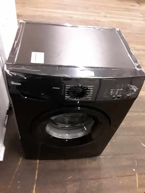 Lot 25 SWAN SW15810B 1200 SPIN BLACK WASHING MACHINE  RRP £279.99