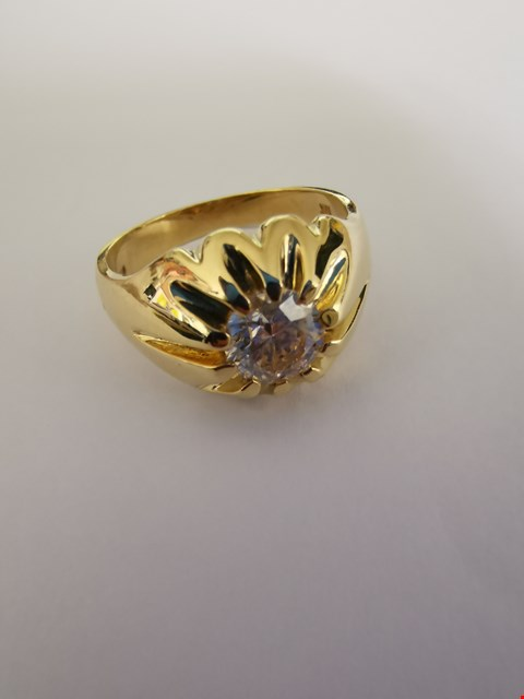 Lot 186 18CT YELLOW GOLD GENTS RING SET WITH A DIAMOND WEIGHING +/-1.20CT