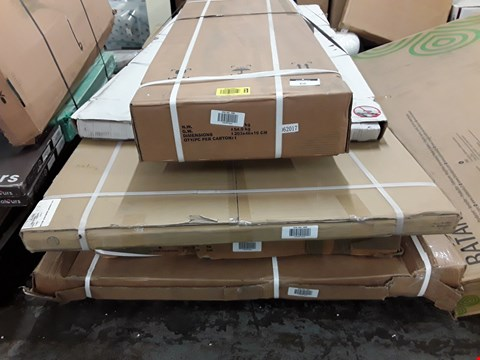Lot 66 PALLET OF 6 ASSORTED ITEMS TO INCLUDE A SHOWER TRAY, A WETROOM GLASS SCREEN KIT AND SHOWER ENCLOSURES RRP £1205