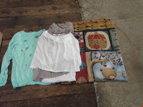 Lot 221 BOX OF APPROXIMATELY 15 CLOTHING AND HOME ITEMS TO INCLUDE BEAR MOSAIC THROW, WHITE/ BROWN POLKADOT PYJAMAS AND LIGHT BLUE JUMPER - VARIOUS SIZES