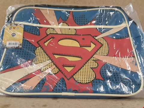 Lot 315 BRAND NEW SUPERMAN SHOULDER BAG