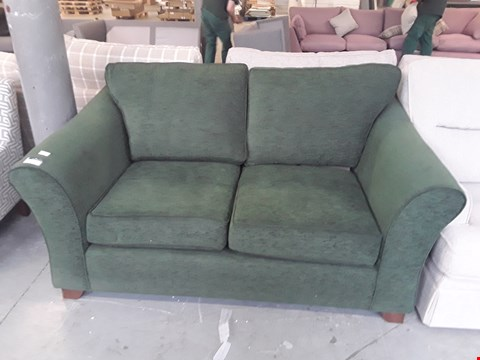 Lot 7 QUALITY BRITISH DESIGNER VINTAGE GREEN FABRIC ABBEY 2 SEATER SOFA